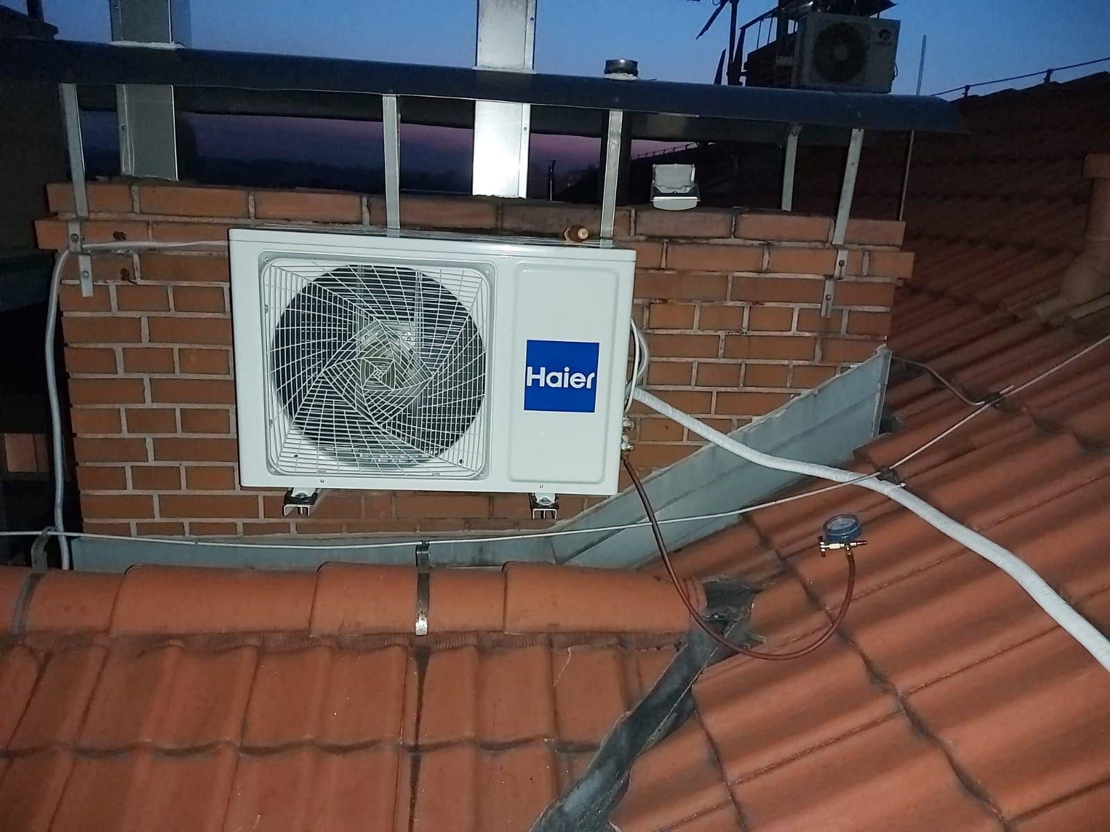 Haier - montaż klimatyzacji na dachu